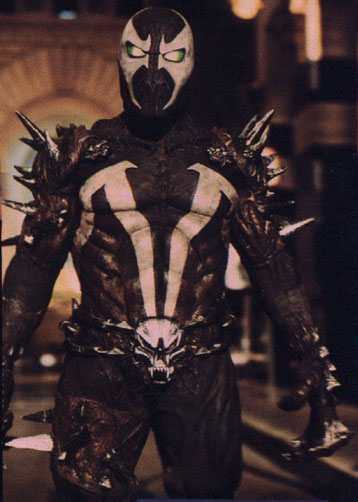 Spawn (Michael Jai White) back from the dead and ready to raise hell.