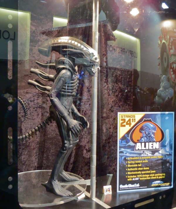 Gentle Giant ALIEN figure at Comic-Con 2013
