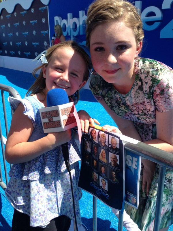 Lindalee and Cozi Zuehlsdorff as Hazel in Dolphin Tale 2