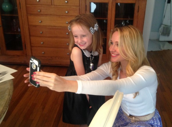 Anna takes a selfie with Lindalee for her Twitter account.