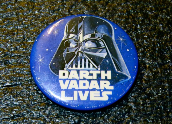 1977 STAR WARS - DARTH VADER + VADAR LIVES Button