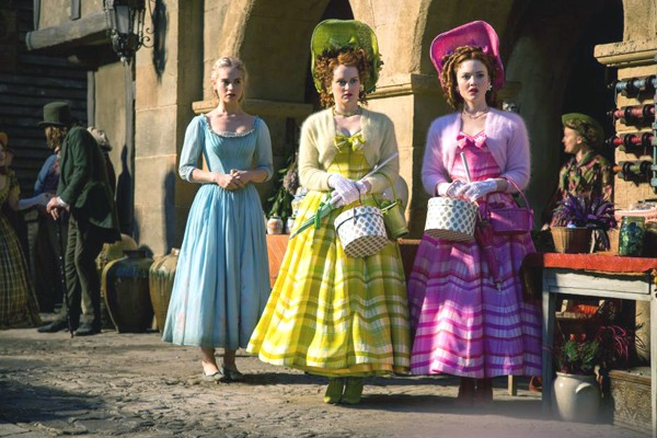 Ella (Lilly James) with Anastasia (Holliday Grainger) and Drisella (Sophie McShera)