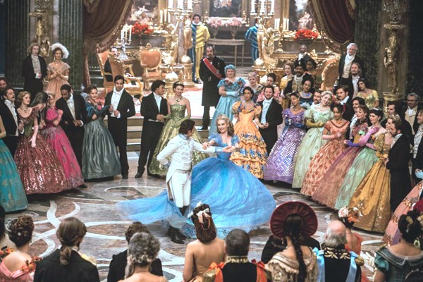 Ella dances at the ball with the Prince (Richard Madden)