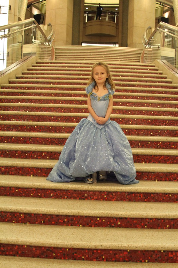 Lindalee on the steps of the Dolby Theatre in Hollywood