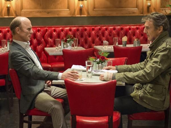 Shawn Maguire (Ed Harris) and Jimmy Conlon (Liam Neeson)