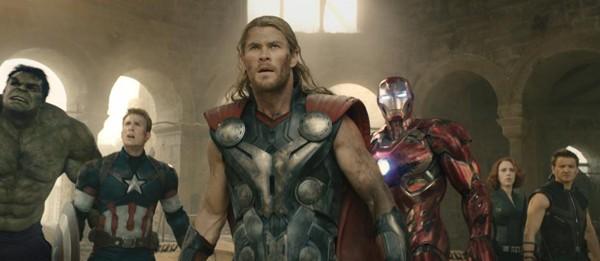 Hulk (Mark Ruffalo), Captain America (Chris Evans), Thor (Chris Hemsworth), Iron Man (Robert Downey Jr), Black Widow (Scarlett Johansson) and Hawkeye (Jeremy Renner)