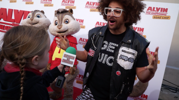 Redfoo describes the Juicy Wiggle to Lindalee