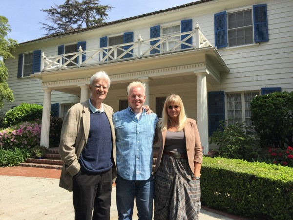Ferris Fest Event Organizer David Blanchard stands with Cindy & Lyman in front of the Bueller home