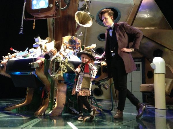 Matt Smith look-a-line Matt Elliot poses with Lindalee on the 10th Doctor's TARDIS set